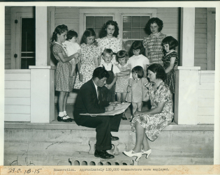 1940-census-enumerator.png