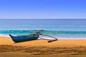 beach_and_boat_small.jpg