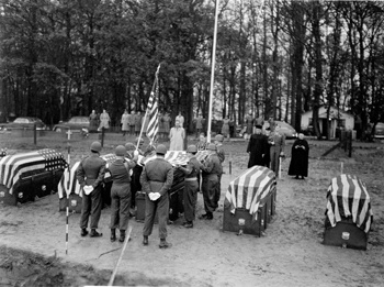 reburial-honor-guard-1948-49.jpg